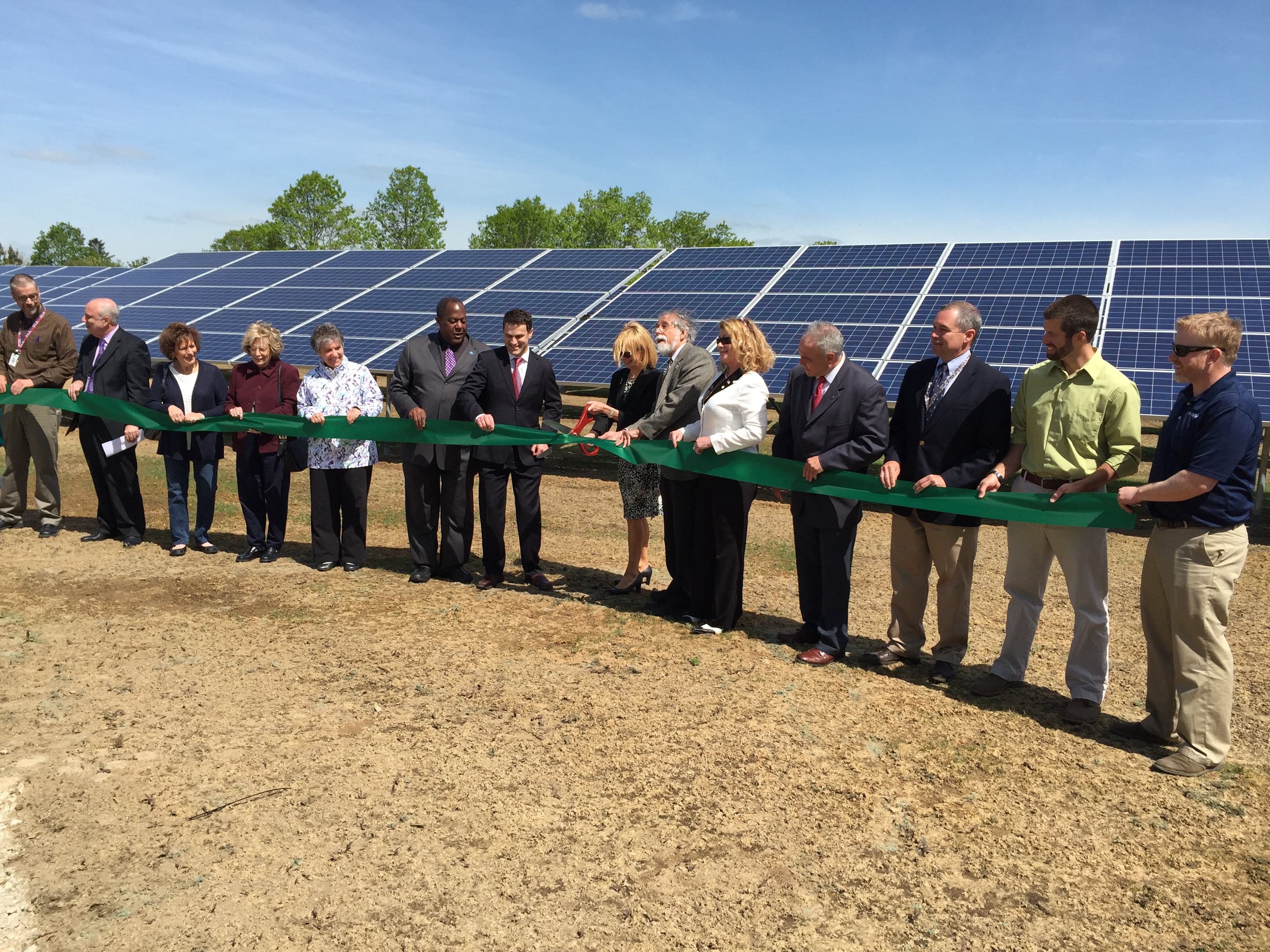 solar ribbon cutting 1